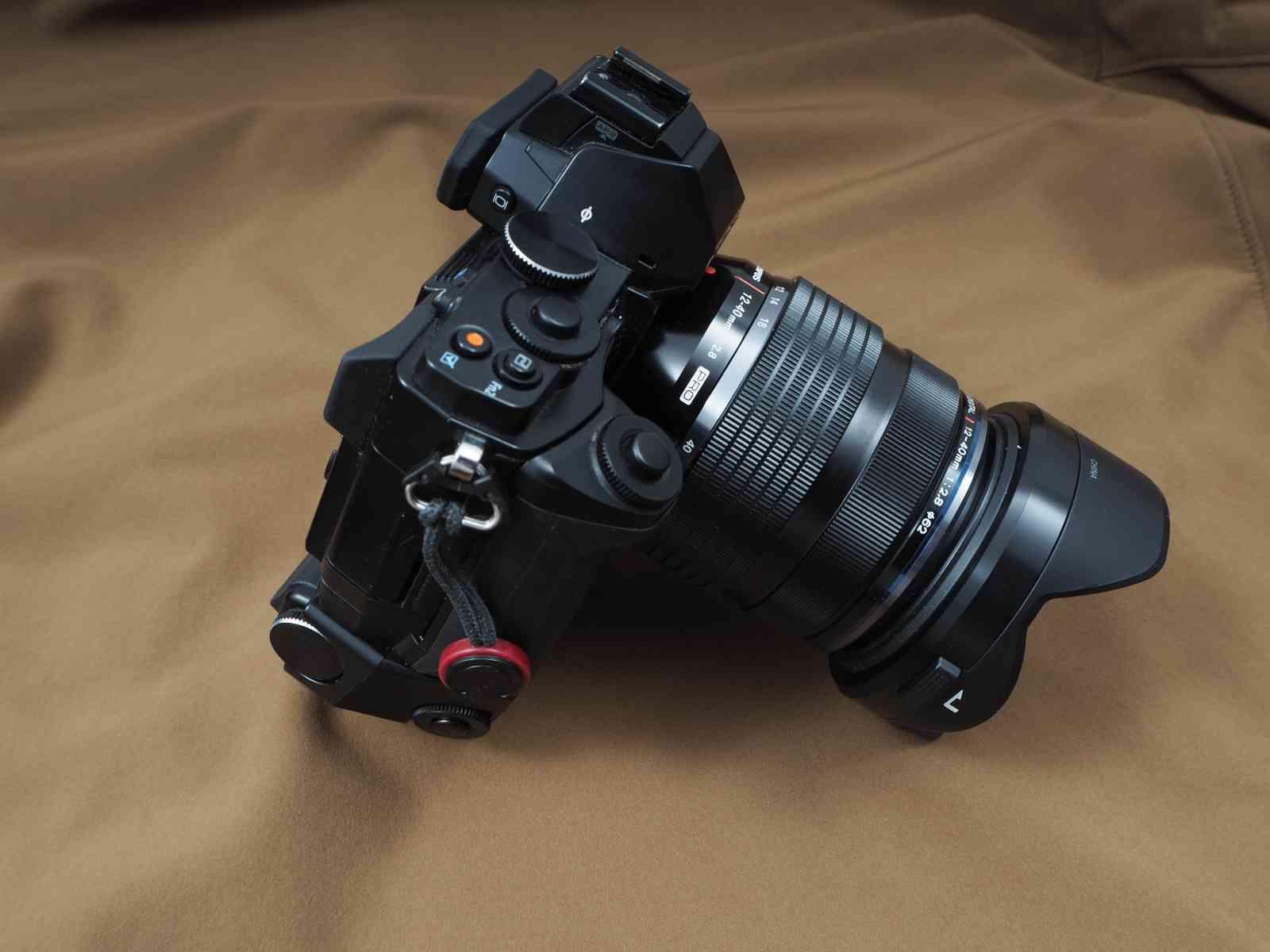 Olympus M.Zuiko Digital ED 12-40 mm 1:2,8 - Handliche Profi-Ausrüstung