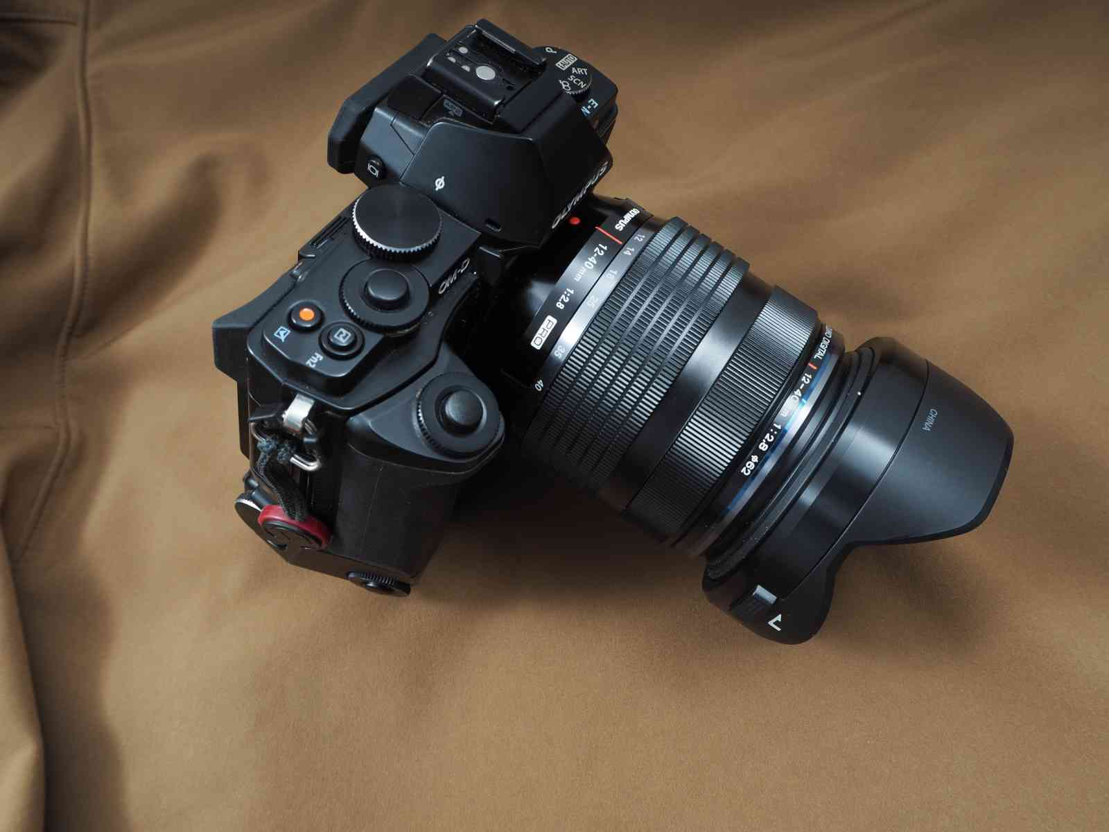 Olympus M.Zuiko Digital ED 12-40 mm 1:2,8 an der Olympus OM-D E-M5