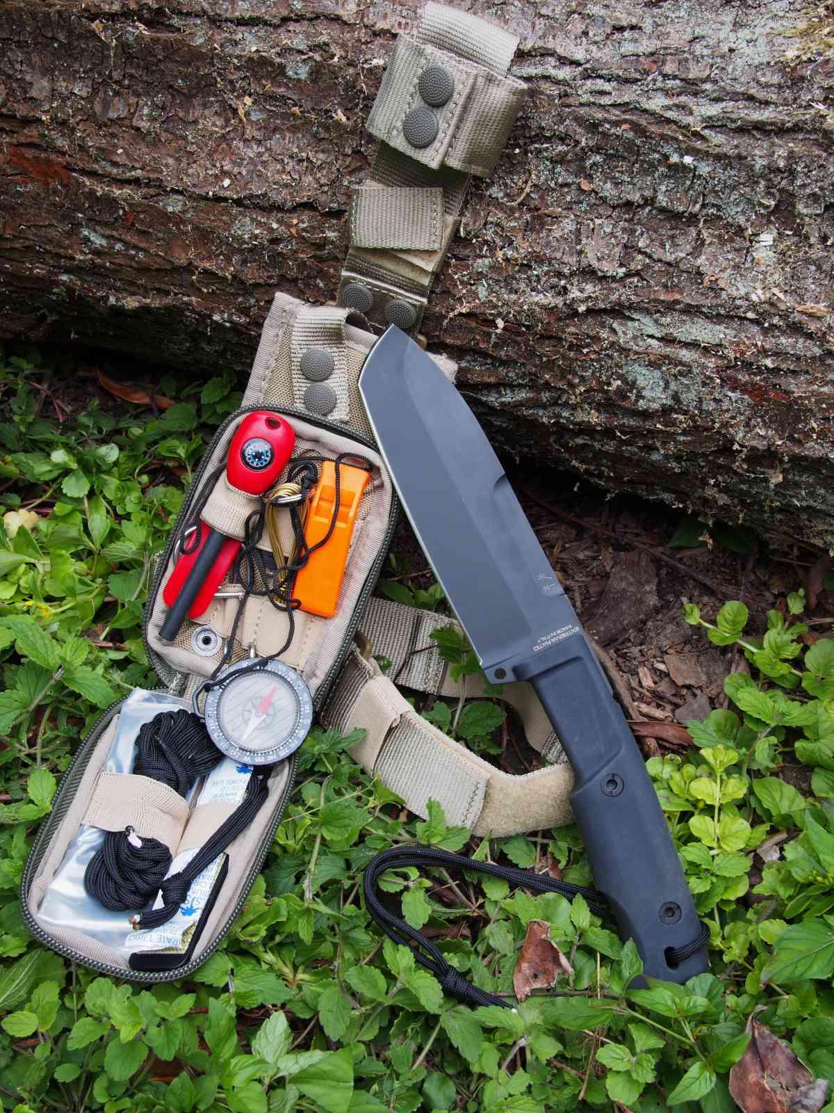 Extrema Ratio Selvans mit Survival-Kit