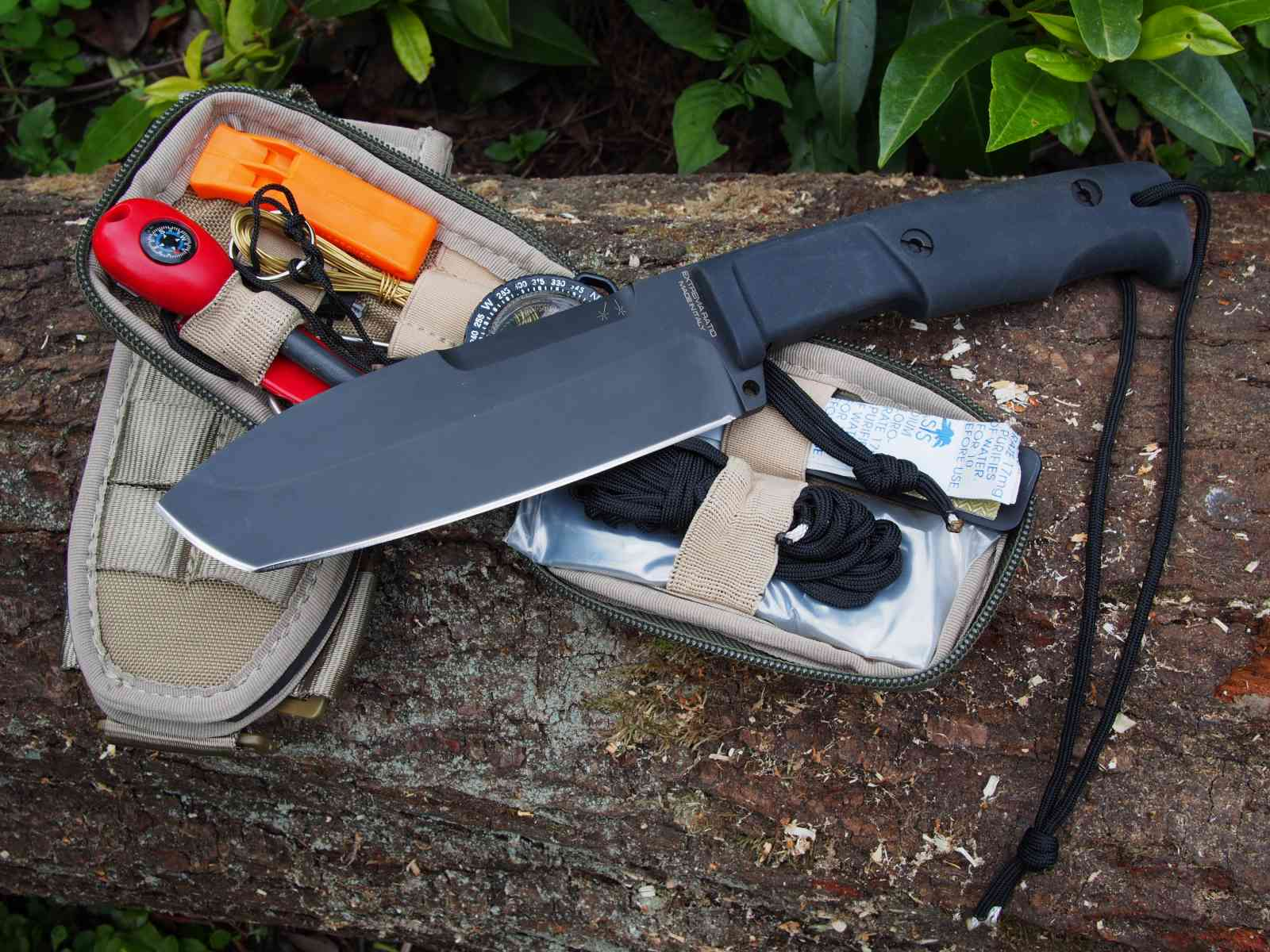 Extrema Ratio Selvans mit Survival-Kit 2