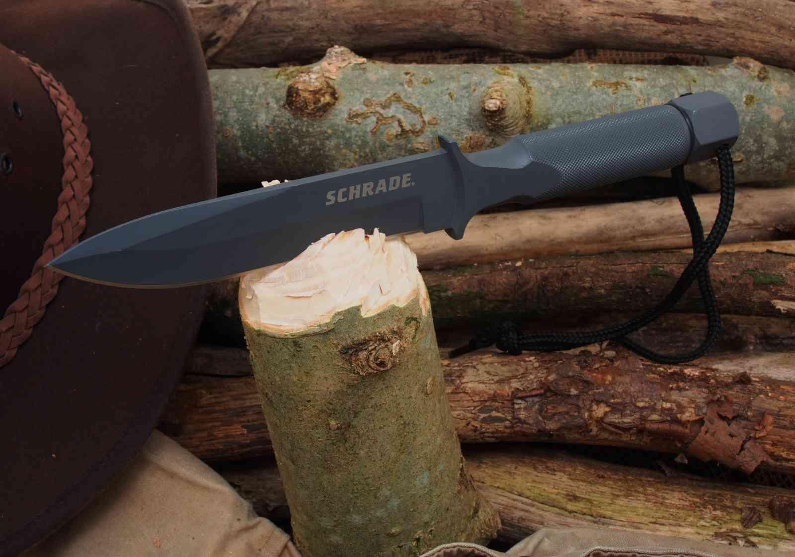 Schrade Extreme Survival Knife SCHF1SM - Batoning