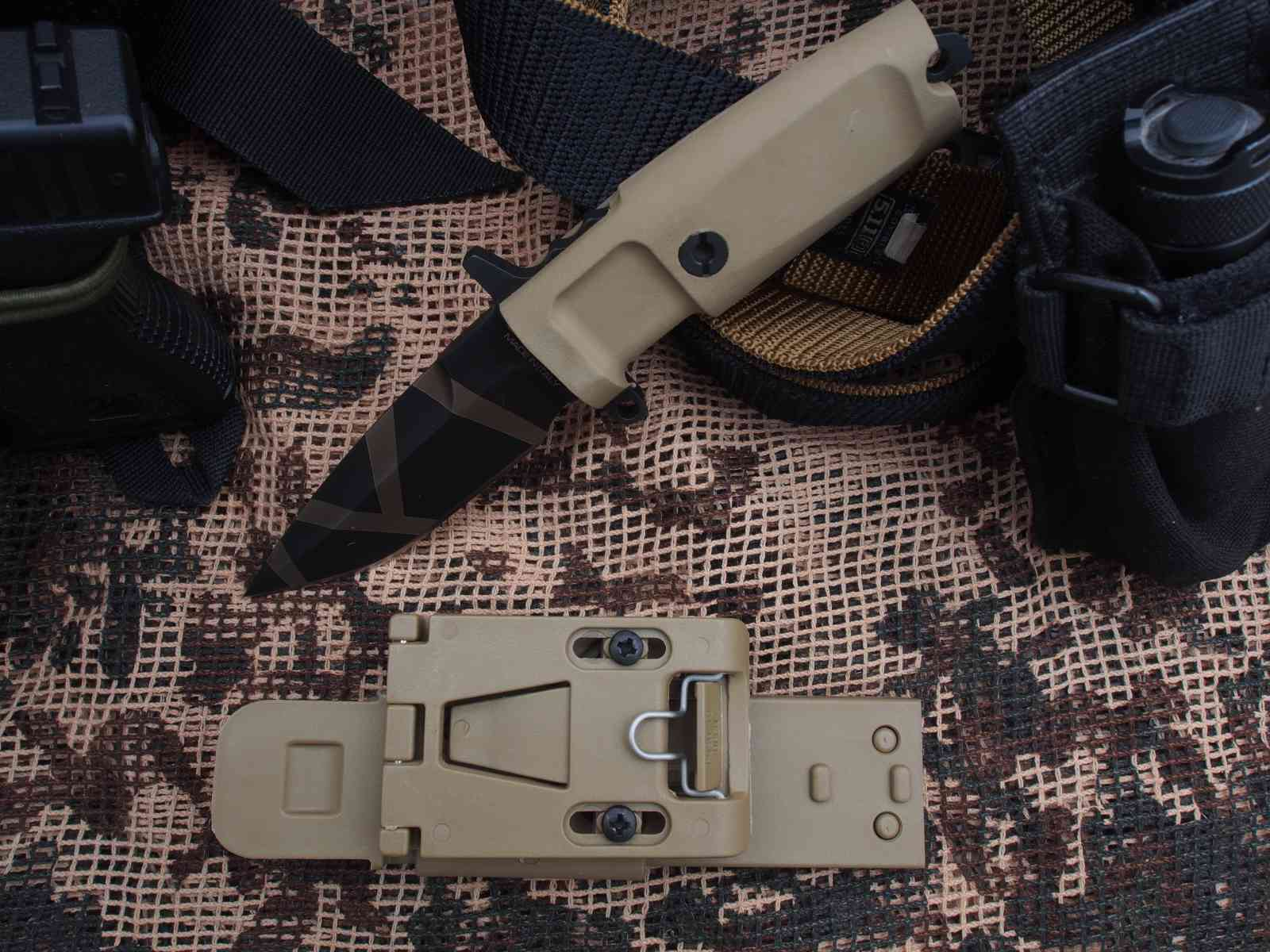 Extrema Ratio Col Moschin Compact Desert Warfare 7