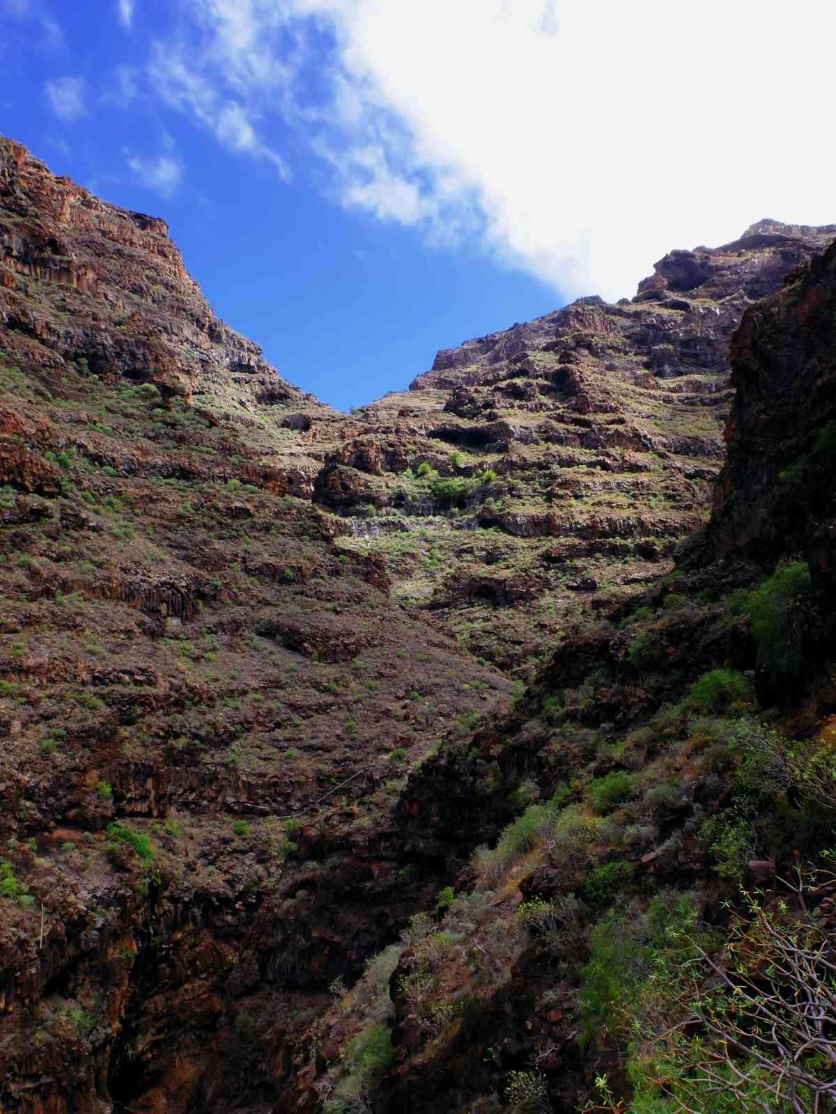 Durch die wilde Argaga-Schlicht - Unbarmherziger Fels