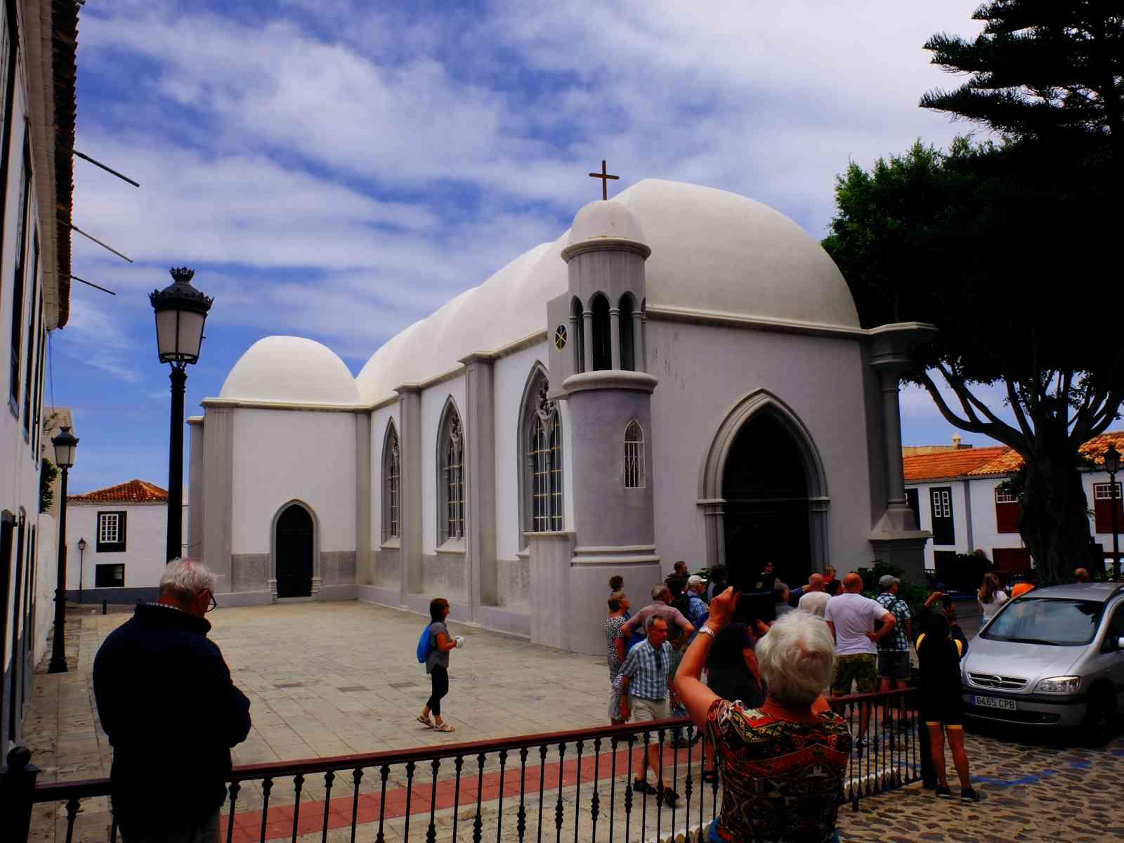 Inselrundfahrt La Gomera - Kirche im maurischen Stil