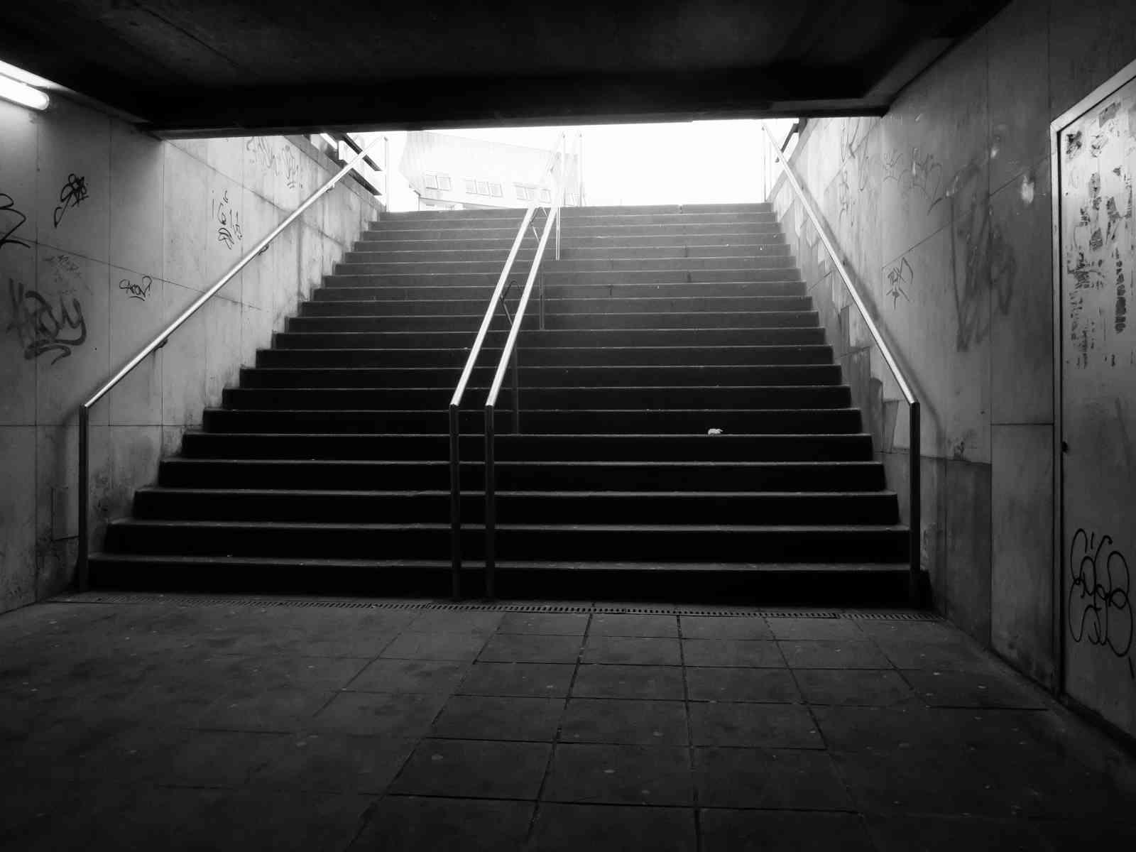 Im Untergrund - Und abwärts geht's