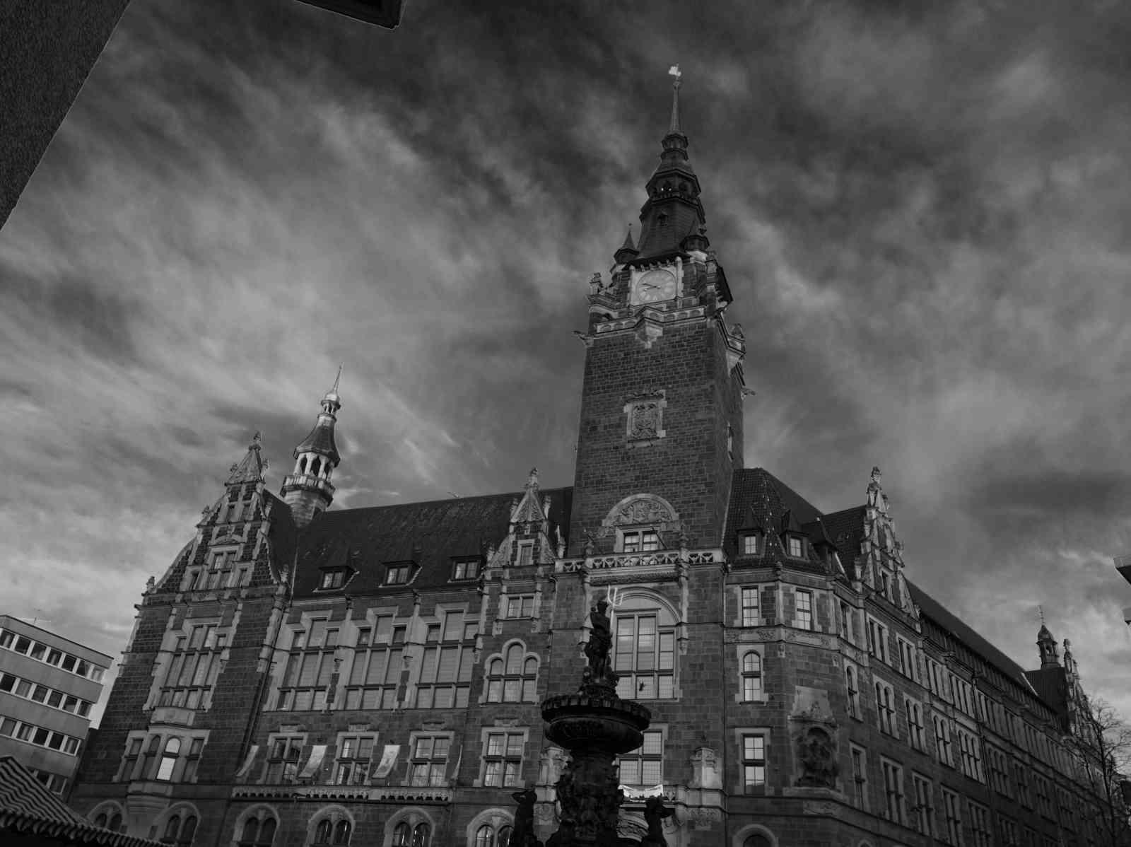 Neumarkt- Elberfelder Rathaus