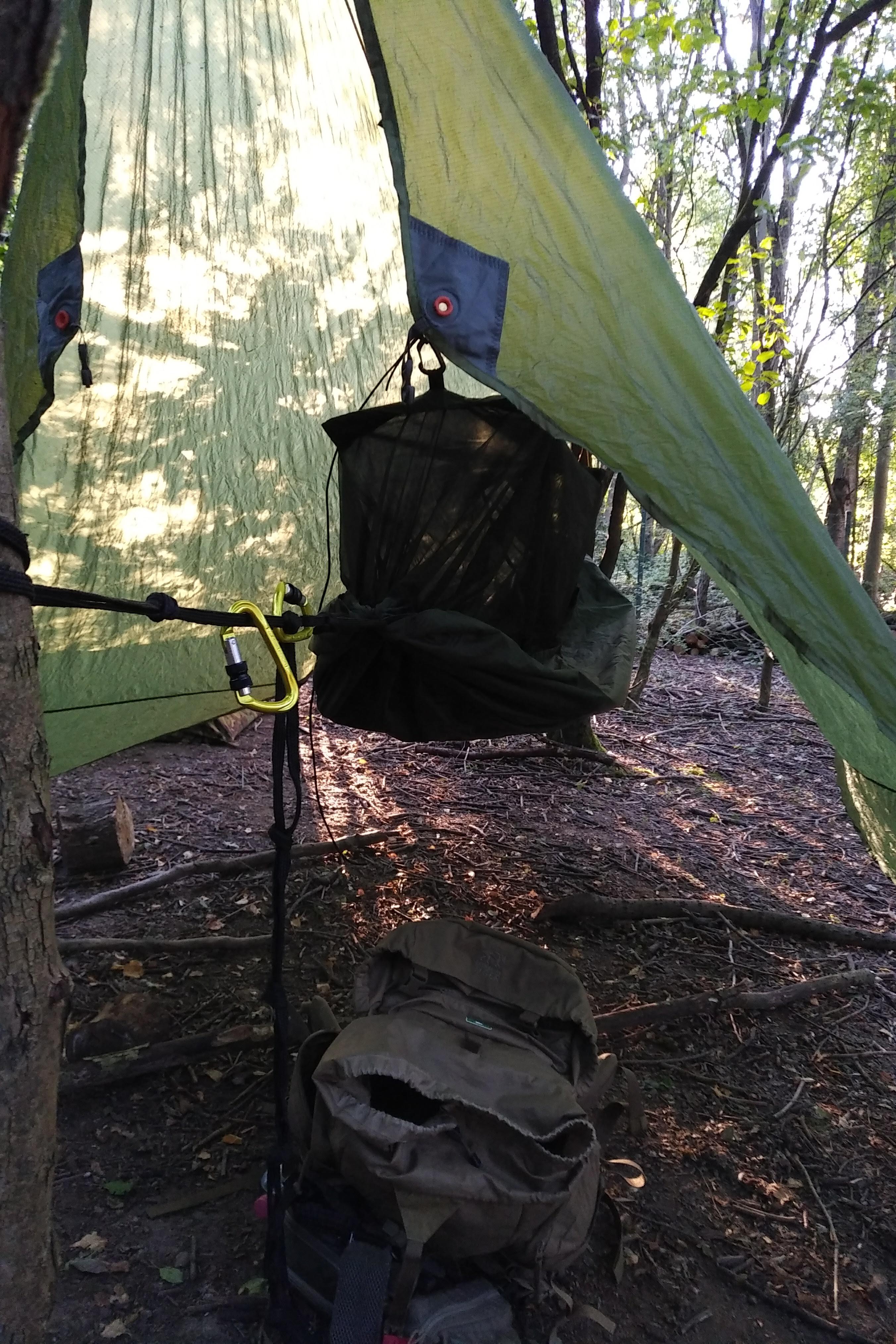 Hängemattenabenteuer - DDHammock und Vaude Wingtarp