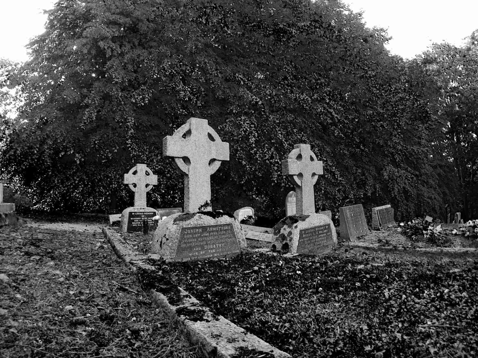 Friedhof Enniskerry 07, Olympus PEN E-PL7