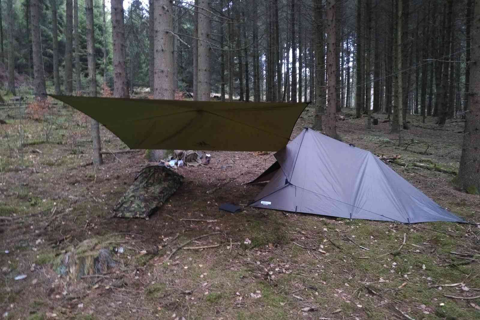 Eine nasse Nacht - Das Lager