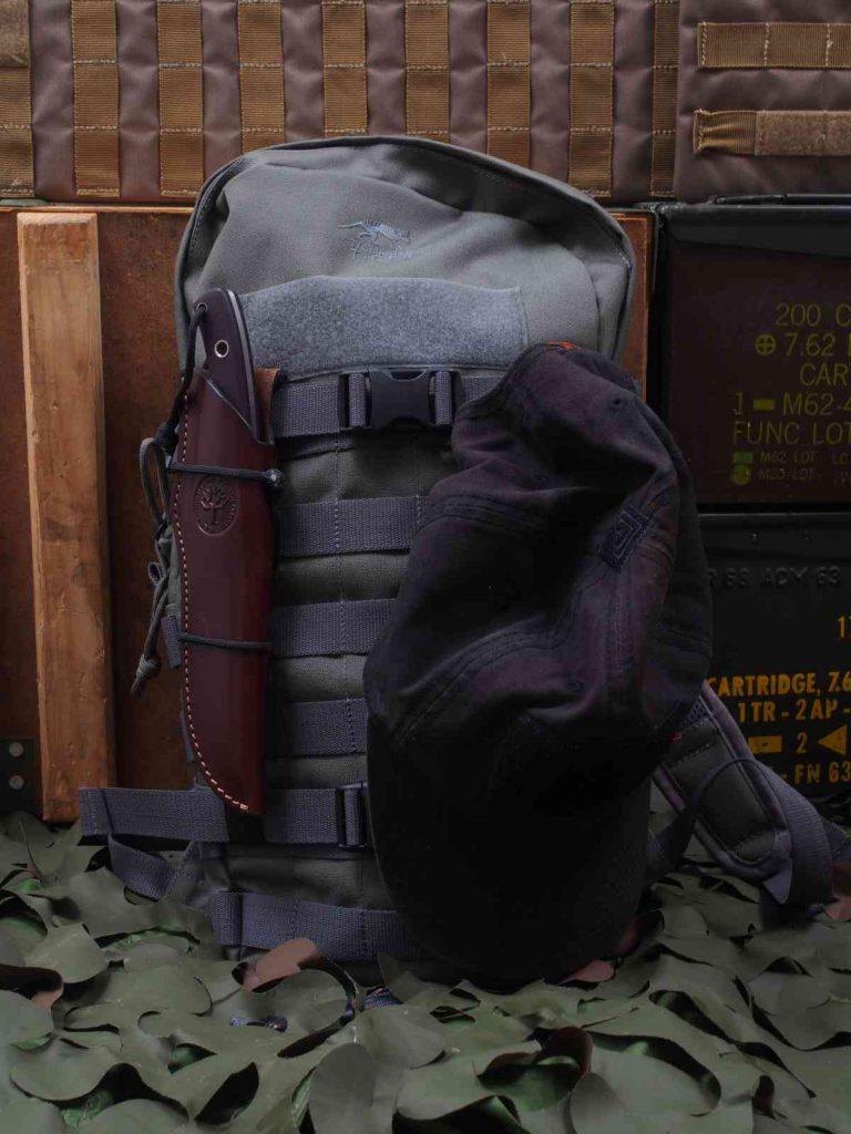 Tasmanian Tiger Essential Pack MKII An den Kompressionsriemen kann Ausrüstung schnell befestigt werden