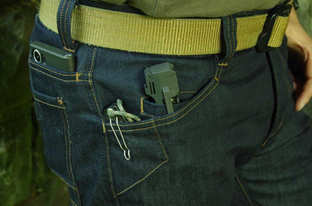 Taschenanordnung vorne und hinten