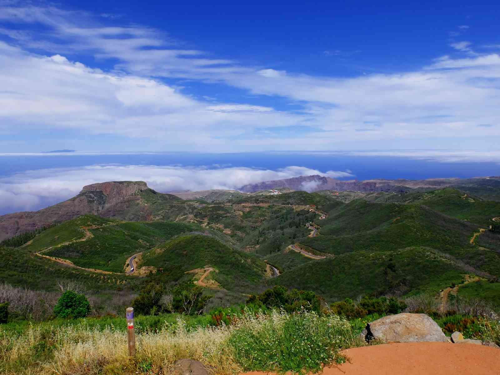 Die höchsten Berge von La Gomera - Blick zum Tafelberg