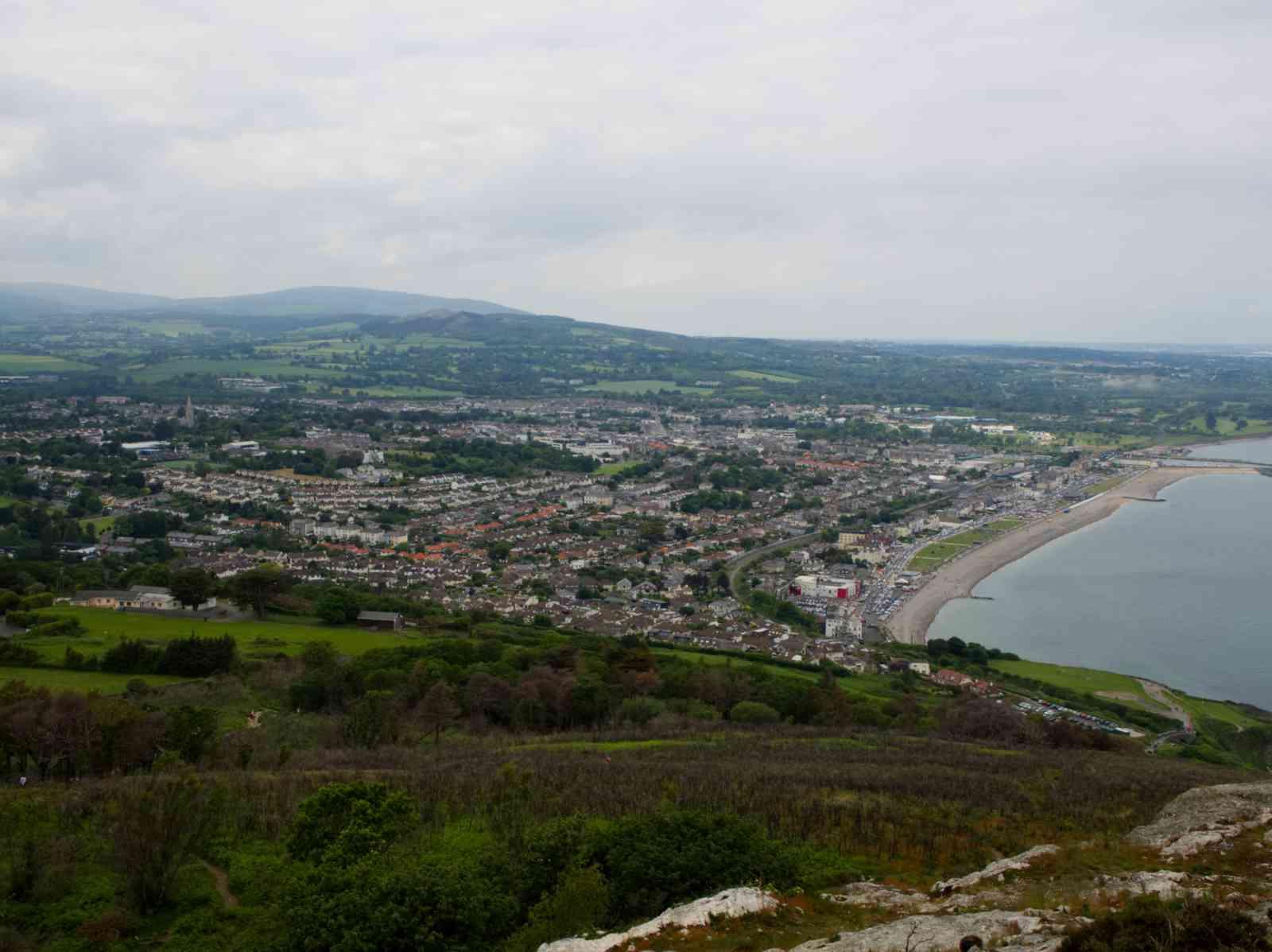 Küstenwanderung - Bray von oben
