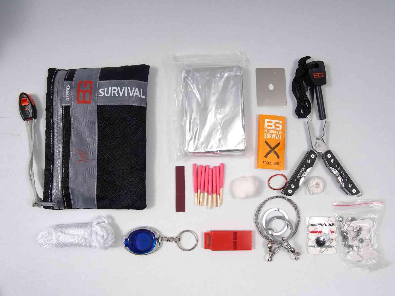 Gerber Bear Grylls Ultimate Survival Kit - Inhalt
