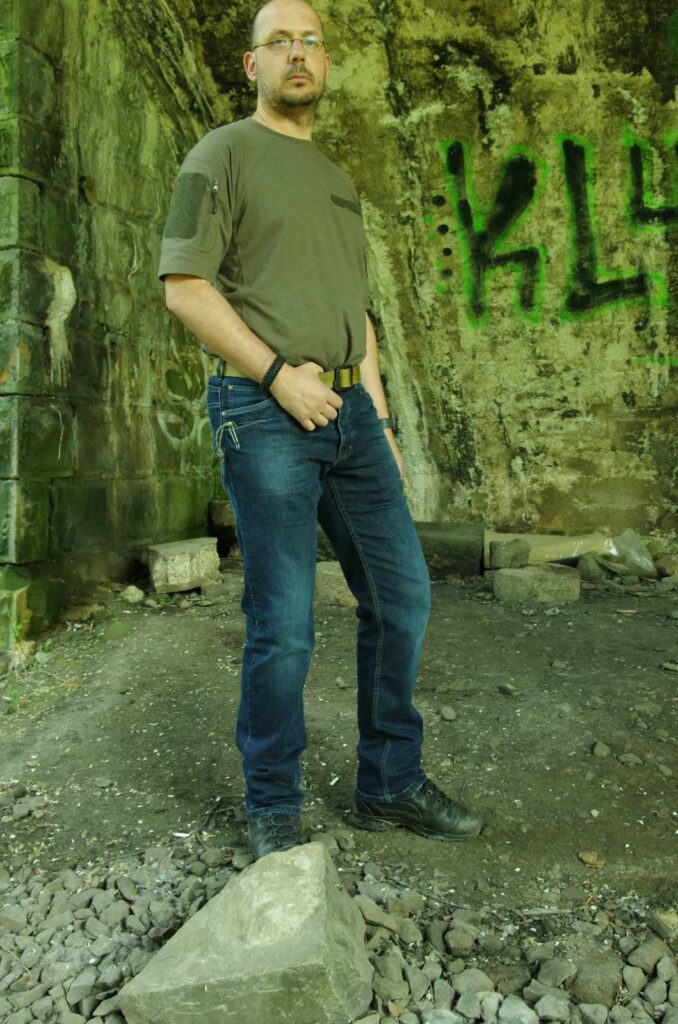 Genau die richtige Jeans für das Gray-Man-Concept